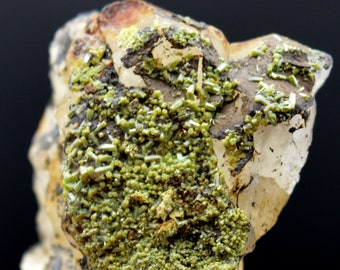 Darmstadt Emilie II Mine Weilrod Pyromorphite Germany Hochtaunuskreis 37 grams Quartz Hesse Altweilnau