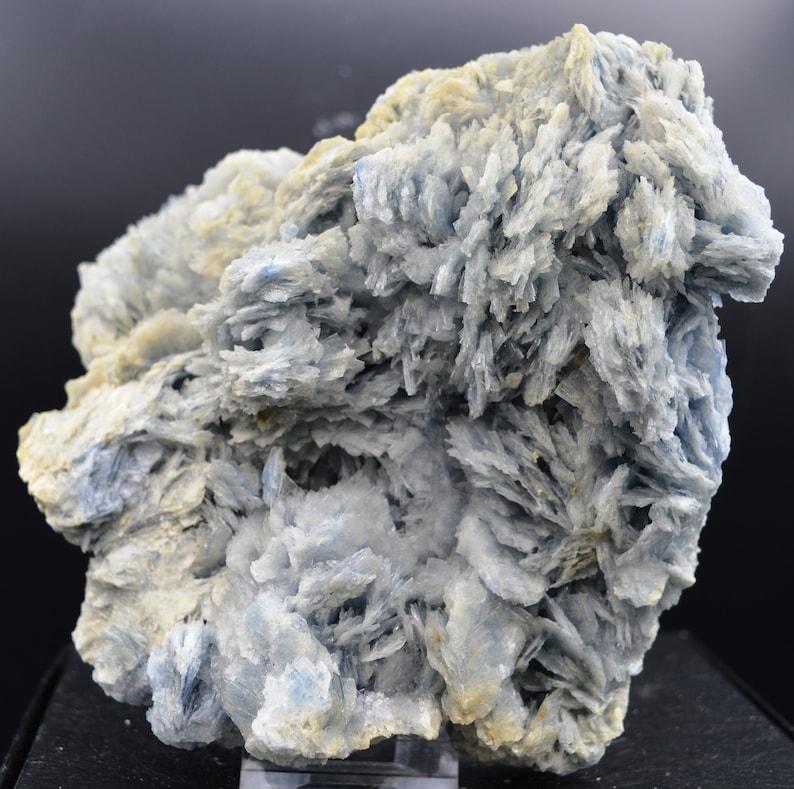 Cavnic Baryte Romania 1678 grams