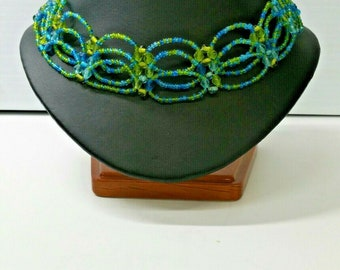Women's accessories Beaded Necklace Choker, Handmade
