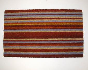 Coir red striped welcome doormat
