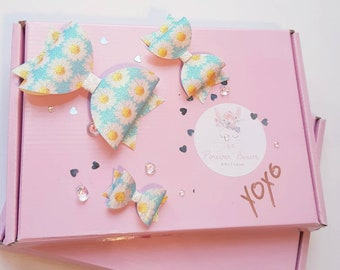 Forget me not hair bow