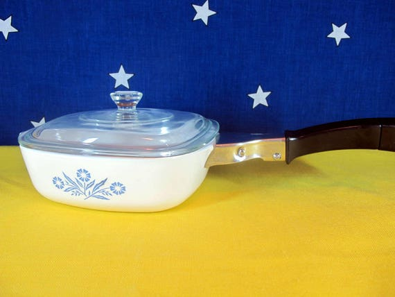 P-1-B with Lid Vintage Corning Ware Cornflower Blue 1 QT Casserole Dish