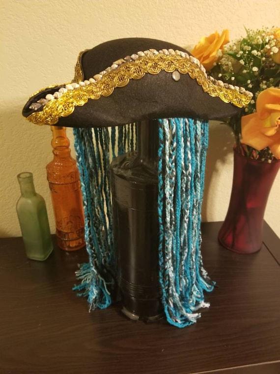styles classiques économiser 100% authentique Descendants 2 uma chapeau et fil tressé à la main «cheveux».