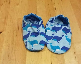 Reversible whales and waves baby booties