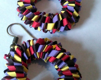 Paper quilled earing round circle modern