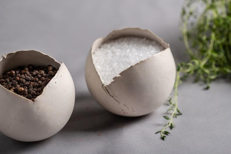 Contemporary Spices Dish Set of 3 Small Ceramic Condiment Bowls