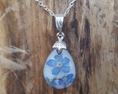 Necklace with Resin Pendant Forget-me-not - Drop - Minimalist - Forget me not - blossom - flower pendant - Nature - Terrarium - wedding