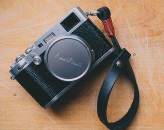 Cinghia da polso in Cuoio per fotocamere Mirrorless o Reflex - SPEDIZIONE GRATIS Tracolla cinturino per mano in pelle camera strap neck