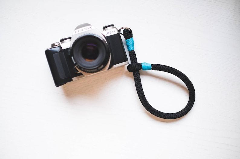 neck wrist strap in cord for Mirrorless Reflex cameras  Neck image 0