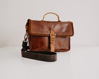 Genuine Leather Camera Bag Organiser, Custom Camera Bag, Gift for Photographer, Photography Accessory, Camera Case, Messenger Bag ONA