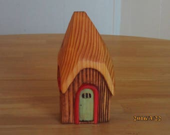 gnome home,fairy house,hobbit house