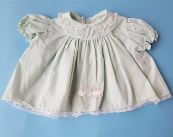Vintage baby girl light green 1950s party dress lace trim size 0-3 3-6 months.