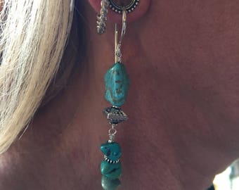 Tunnel earrings in turquoise and sterling