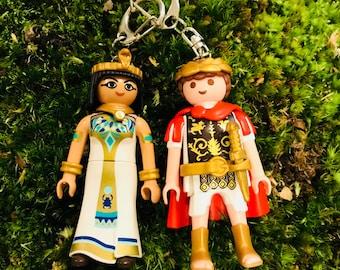 Playmobil Caesar and Cleopatra keychain