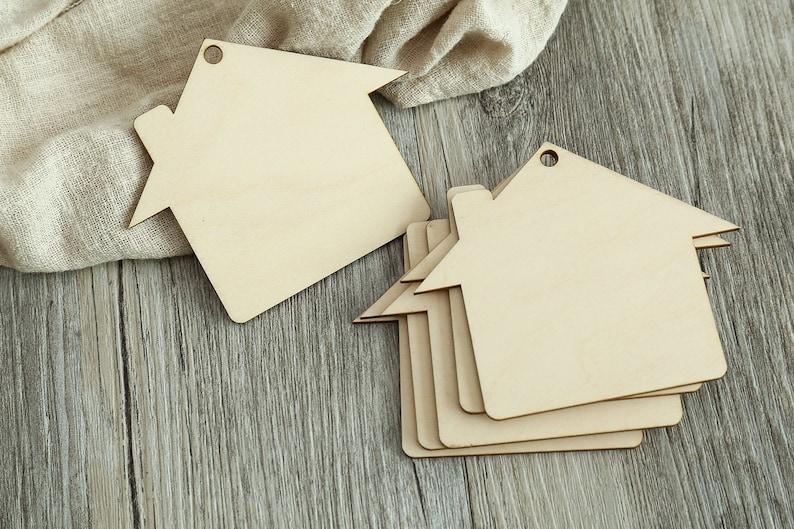 20pcs Laser Cut Blank Wood People Shape Label Favor Wedding Gift Tags Crafts