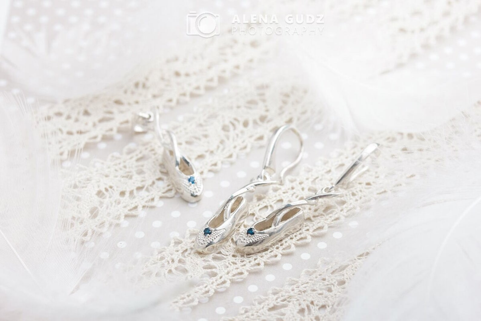sterling silver ballet shoe pendant