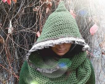 Ariadne cowl with large hood