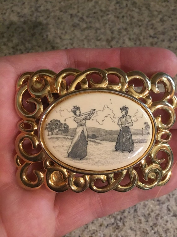 Vintage Paquette Christmas Wreath Belt Buckle First Class Shipping Free U.S