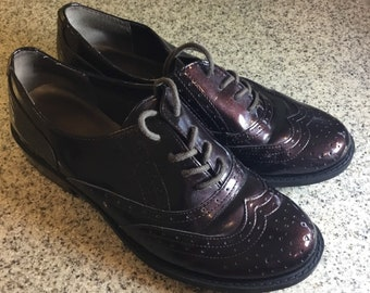 Vintage Women's Size 7 Patent Leather G.H. Bass Wing Tipped Oxfords