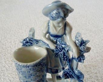 A Victorian German Delft Porcelaine Match Holder Figurine