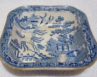 An Antique Llanelly Willow Pattern Possibly by Guest & Dewsberry
