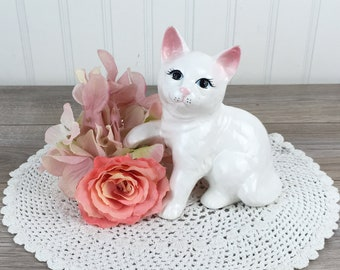 Blue Eyes Made in Taiwan Gift Pop Art Vintage White Ceramic Cat Figurine Kitsch Art Nouveau Retro Cute White Cat Statue wPink Ears