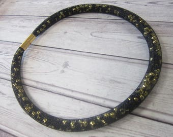 mesh beaded choker style necklace