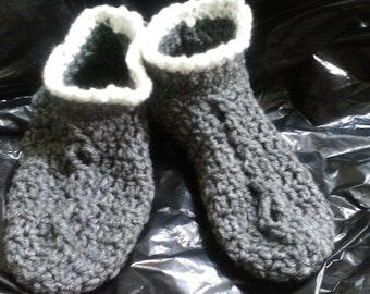 Grey Crocheted bootie slippers with white cuff