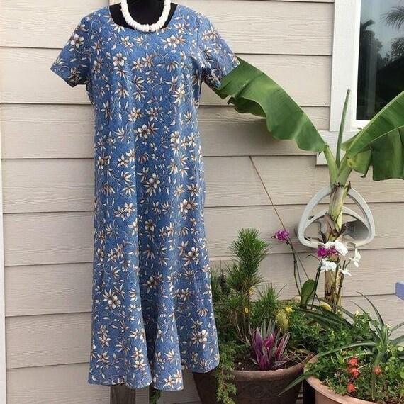 Vintage Hawaiian Muumuu