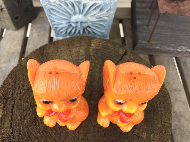 Horror Come Play With Us Collectible Kitsch Terror Vintage Mice Salt and Pepper Shakers Horror Kitchenalia Amazing Kitsch Awesome