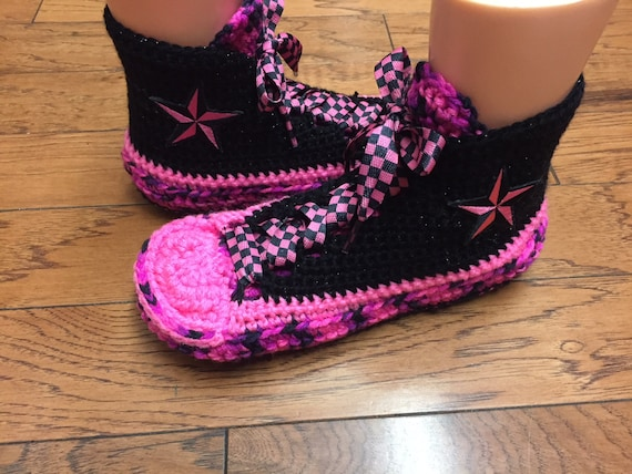 crocheted sneaker pink 9 slippers shoe slippers Womens inspired tennis 309 7 converse converse converse Crocheted black high top converse qYBOY1w