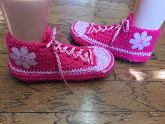sneakers flower slippers 9 sneakers Womens crocheted tennis sneaker slippers pink 7 shoe slippers 293 Listing pink flower Crocheted sneakers 1wPHg0