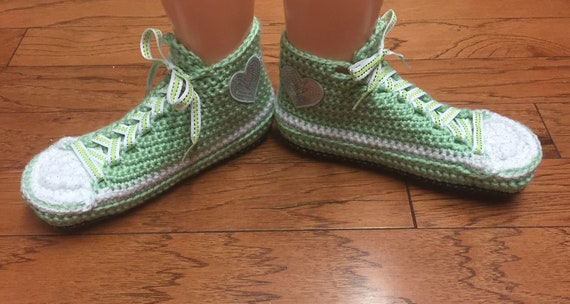 tennis slippers crocheted tennis 9 slippers shoes 420 heart sneaker sneakers crochet heart Crocheted Womens slippers sneakers shoes 7 green BRvWwdSq