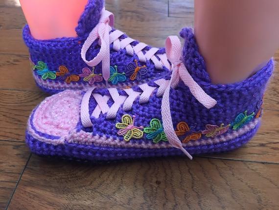 sneaker butterfly slippers tennis slippers sneakers house shoes shoe butterfly pink Crocheted Womens 8 butterfly 6 slippers 297 List purple 81EPH8qx
