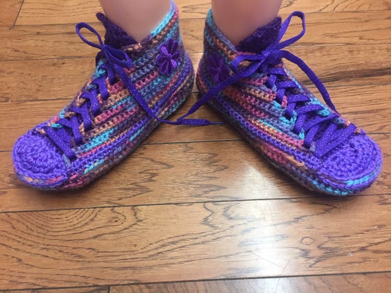 house Tennis Crocheted 10 sneakers tennis shoes slippers 8 Sneaker flower crocheted Slippers shoes Size crochet slippers Shoe 192 purple PqqRpd