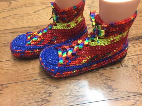 high slippers top Womens sneaker Crocheted rainbow sneakers top rainbow high 10 slippers sneakers 8 261 List converse tennis shoe slippers wgwq71A