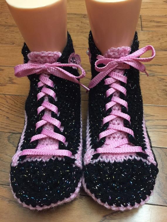 butterfly sneaker shoes List 10 slippers 409 pink Crocheted shoes crocheted slippers crochet tennis 8 sneakers black Womens tennis slippers TwEE5aWq7