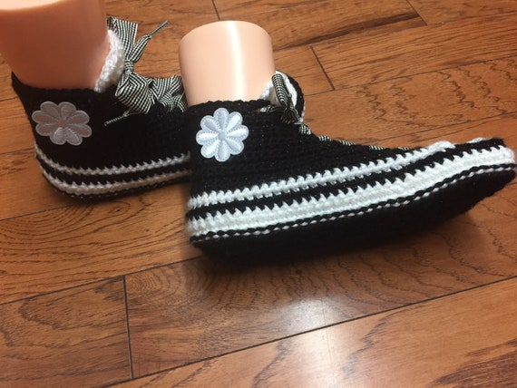 flower black sneaker 8 black house white white sneakers Crocheted sneakers flower shoes 10 Womens slippers tennis slippers 249 shoe slippers xgIwnC4vq