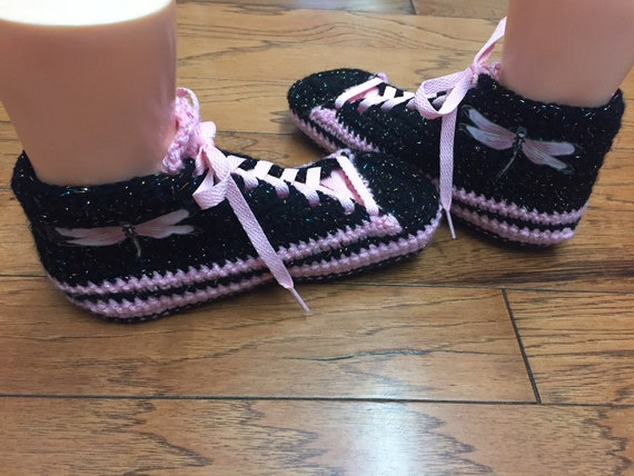 dragonfly Crocheted sneaker 331 dragonfly 10 shoes Womens crochet sneakers shoe slippers tennis black dragonfly slippers pink slippers 8 YwEYqAr