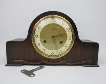 KIENZLE Germany pendule mantel clock mantel clock wood key winding key 1950 50's vintage antique mid century