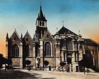 Rare Lavel Cathedrale Postcard France Edition du Globe 1920s / 30s unused