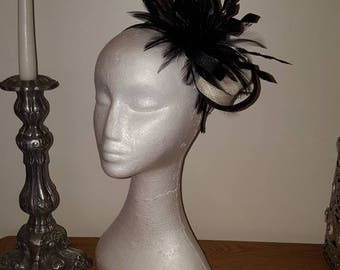 Black and cream/ivory fascinator