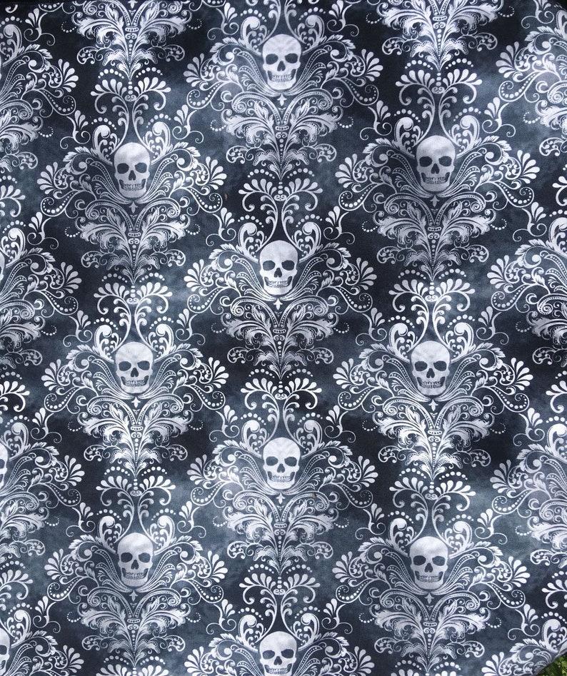 SKULL /& CROSSBONES BANDANA The Perfect Gothic Bandana Same Day Despatch