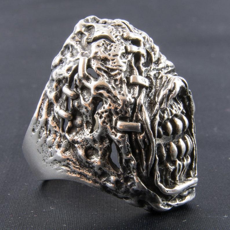 Genuine Hallmarked 925 Sterling Silver /& Cubic Zirconia Torque Heart Toe Ring