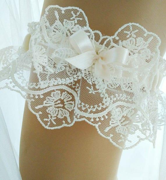 e86ced54f0b Lace Wedding Garter Jenna Beaded Bridal Garter Wedding