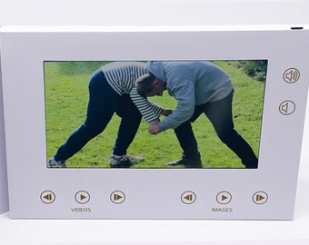 """Recordable Video StoryBook, 7"""" HD Screen and digital photo frame, 4gb Memory,"""