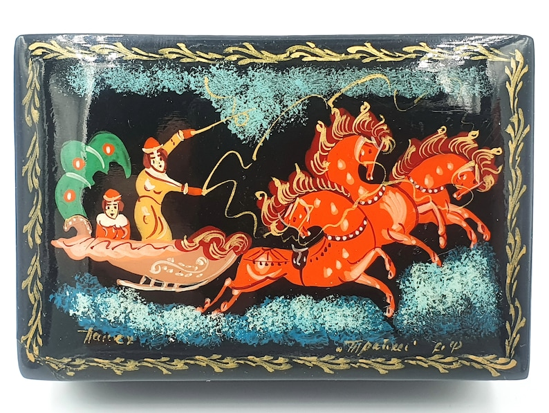 Vintage PALEKH Lacquer Box Russian TROYKA Hand Painted Signed USSR 1970s
