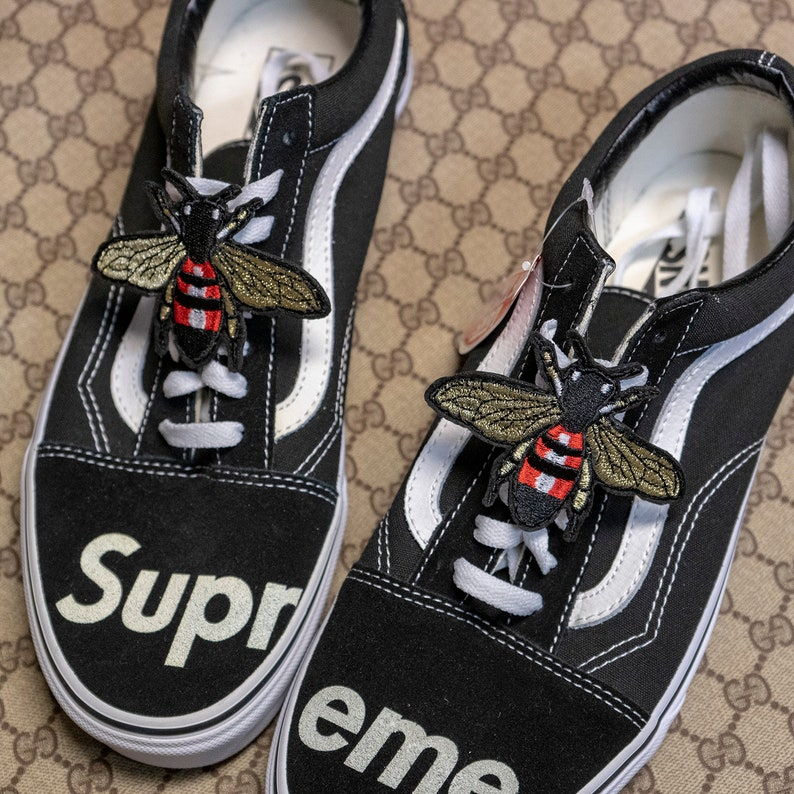 2894330d46534 Luxury Bee Shoe Lace Patches