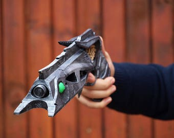 Thorn Hand Cannon Destiny  prop  cosplay  Destiny