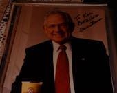 DAVE THOMAS WENDY 39 S Founder 8 X 10 Color Signed Photograph No Verified Authenticity